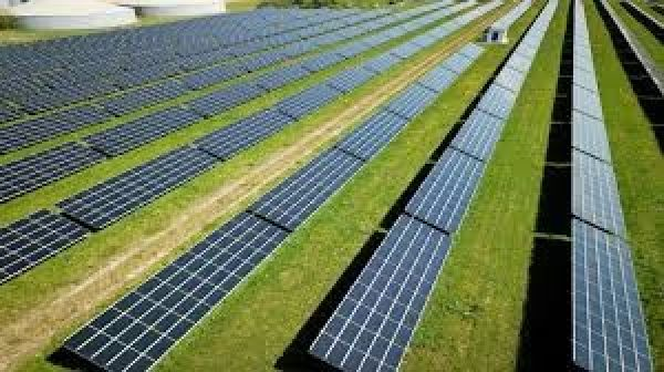 Rinnovabili, la Romania reintroduce (d'urgenza) i PPA.